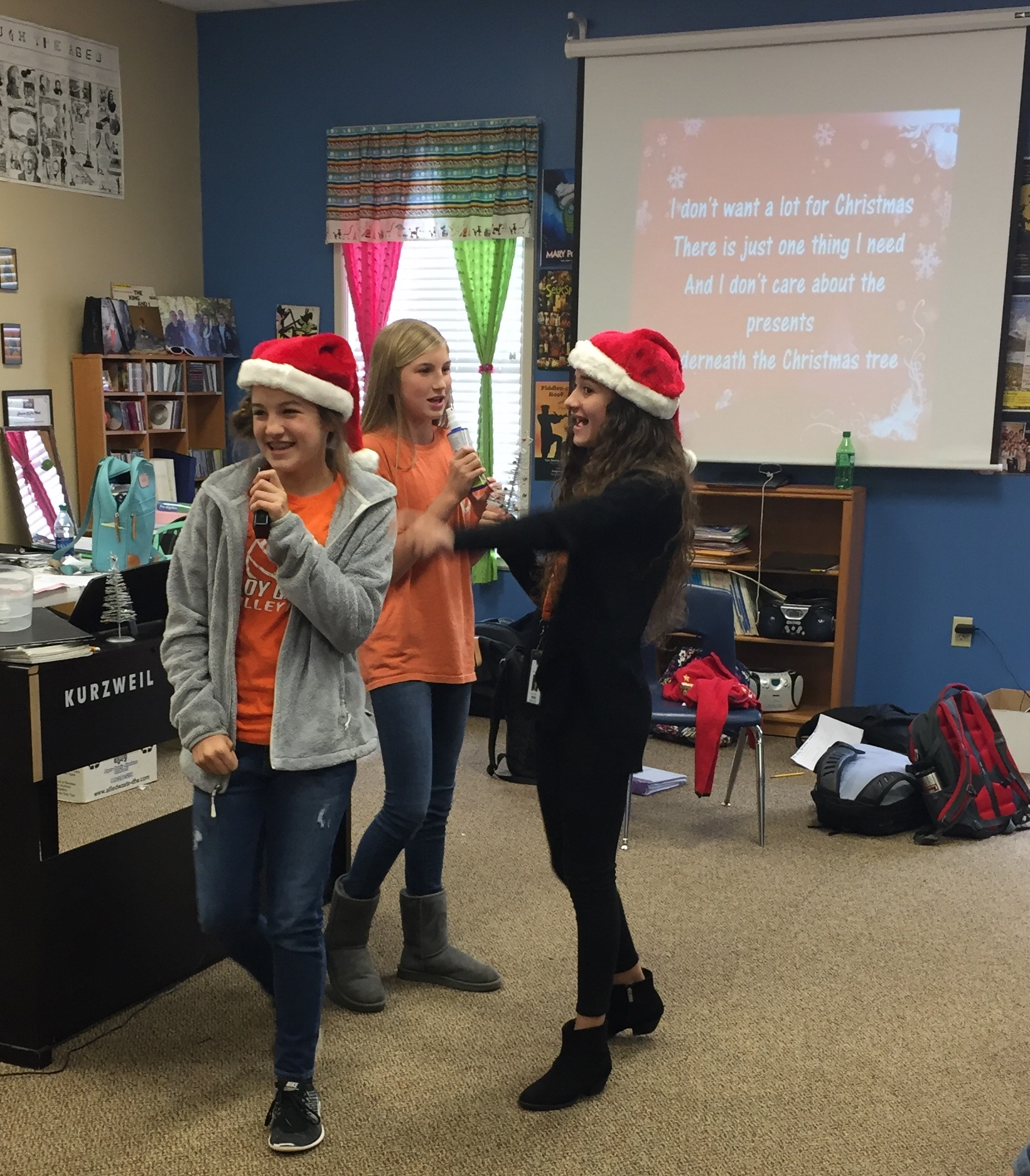 Christmas karaoke breaks out in 7th grade | Brook Hill School ...